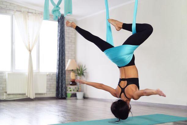 Йога в воздухе